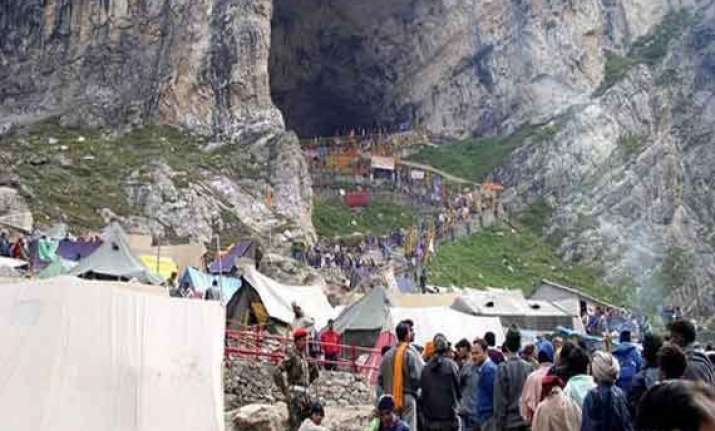 40 injured 100 tents torched in amarnath yatra base camp