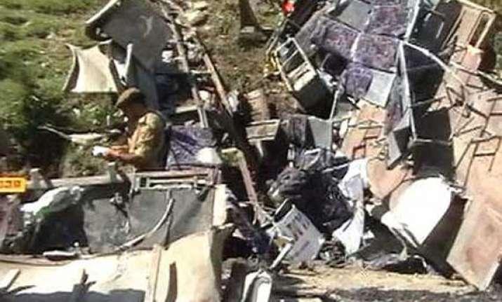 2 killed 21 injured as minibus falls into gorge in doda