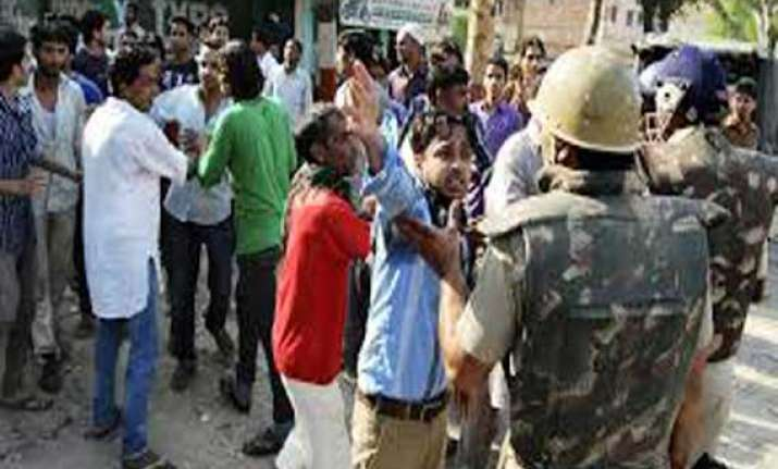 up 20 people injured in clash over land dispute