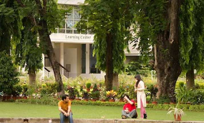 100 per cent campus placement at xlri jamshedpur