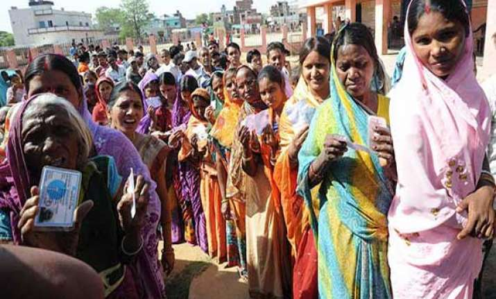 high turnout in 8th phase of polling 1 killed in bihar