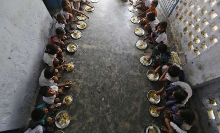 36 students fall sick after eating mid day meal