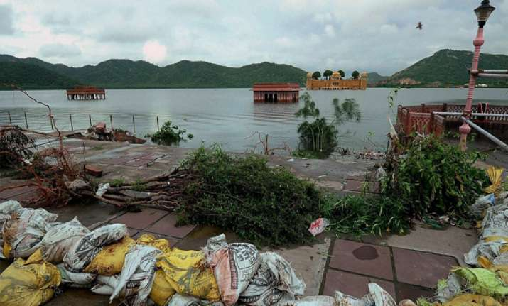 7 villagers rescued from flooded river in bundi