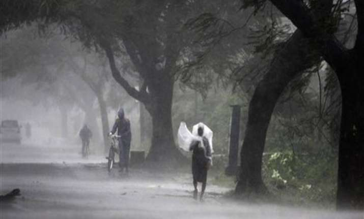 cyclone phailin night of terror roads blocked cellphone
