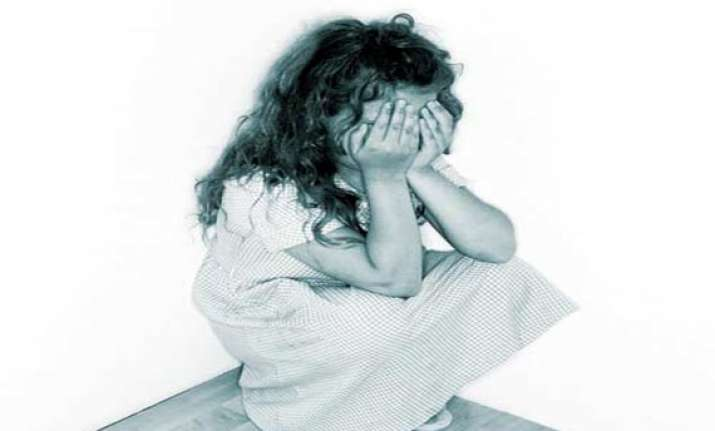 4 year old molested by neighbour in west delhi