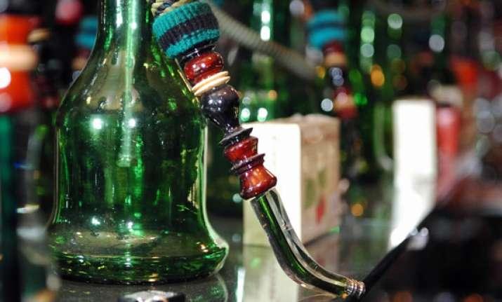 44 youths held in raid on hukkah bar in mumbai