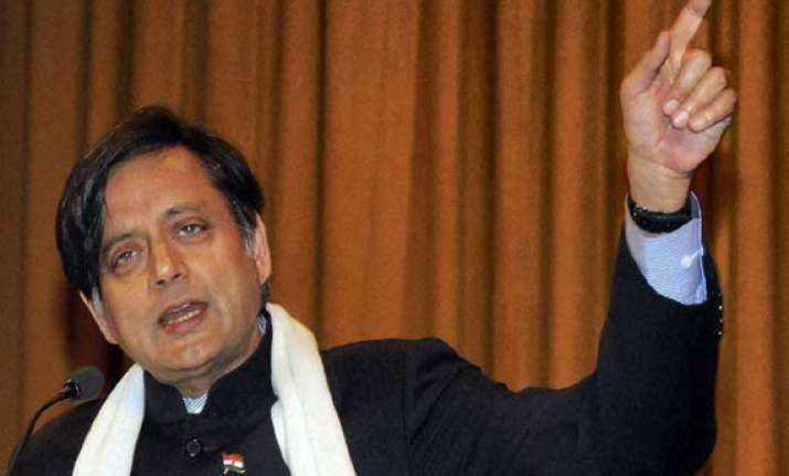 no vacancy for top role for priyanka in congress tharoor