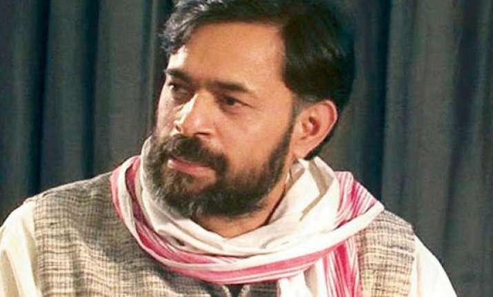 aap leaders yadav and jaihind resign as pac members