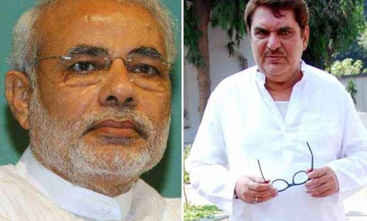 actor raza murad hits out at narendra modi