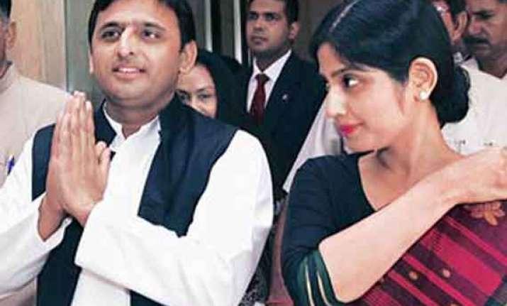 akhilesh yadav wife have narrow escape as bird hits chopper