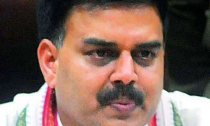 andhra speaker disqualifies 15 rebel congress and tdp mlas