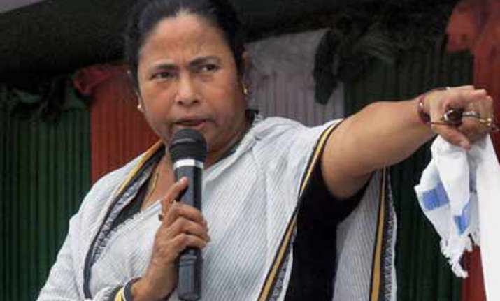 are you afraid of stepping out mamata asks wb women