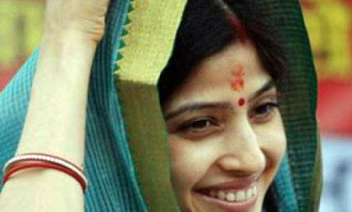 at a glance dimple yadav the most elegant female politician