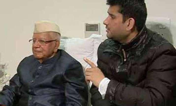 at last n d tiwari admits rohit shekhar is his son