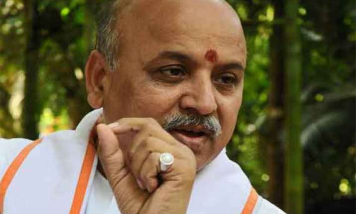bjp rss defend togadia