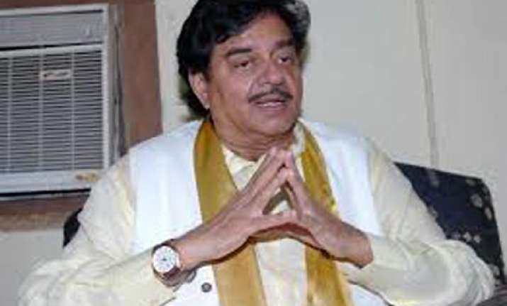 bjp high command asks shatrughan to restrain himself while
