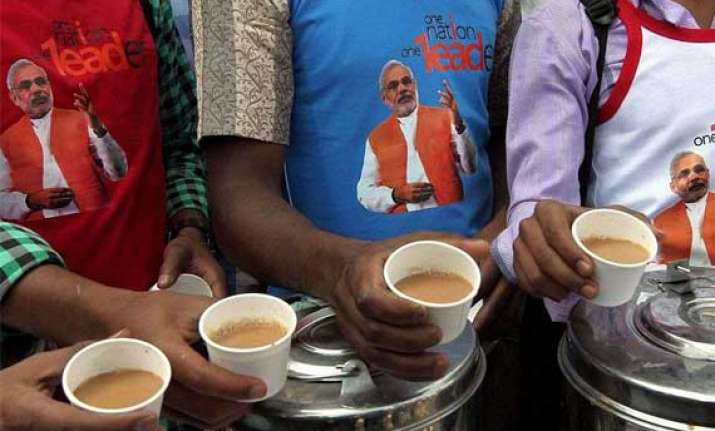 bjp launches chai campaign for chaiwallah modi