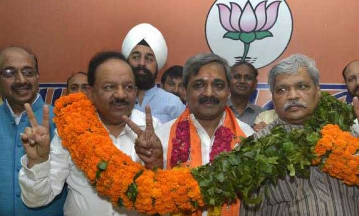 bjp may consider forming govt in delhi if invited by lg