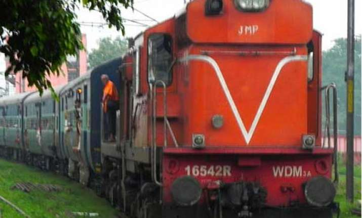 bjp suspects surge in train dacoities linked to simi drive