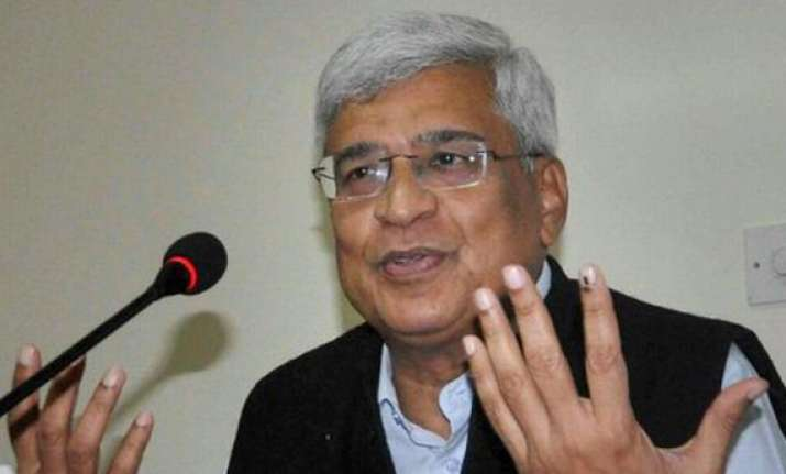 bjp will gain in congress strongholds prakash karat