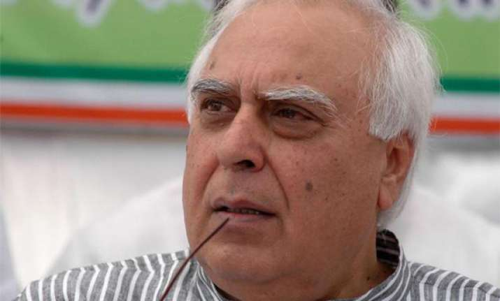 bjp will get around 120 seats sibal