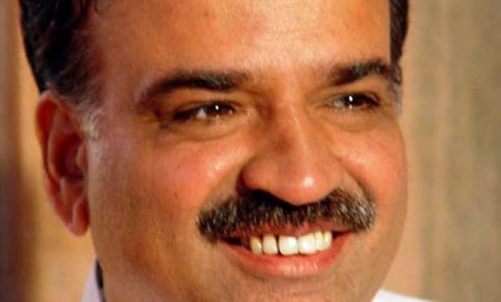 bjp to contest vp poll against ansari nda meet on july 16