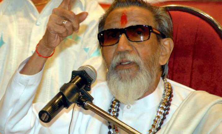 shiv sena chief bal thackeray is no more