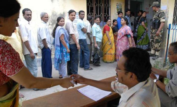bengal district to lure voters with shopping offers