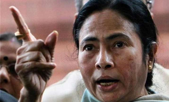 bengal has outperformed outgrown india in 2012 13 mamata