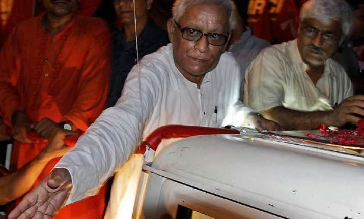 bengal cm sweating it out in jadavpur