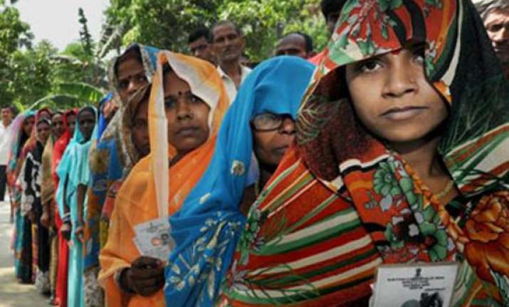 bihar balloting picks up amid incidents of violence