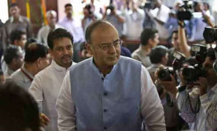 budget 2014 expenses for union ministers up 15.4 percent