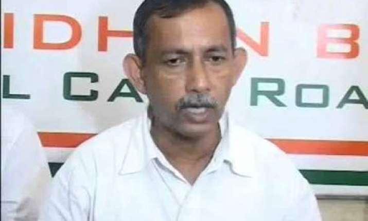 cpi m threatens legal action against trinamool leader