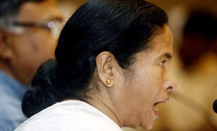 centre returns mamata government s bill against ponzi funds