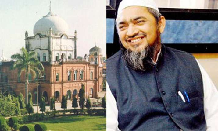 confrontation continues in darul uloom deoband