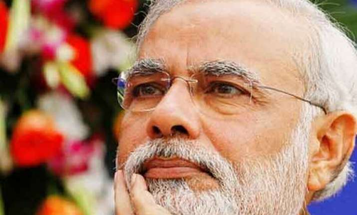 congress bjp spar over modi s links with alleged hawala