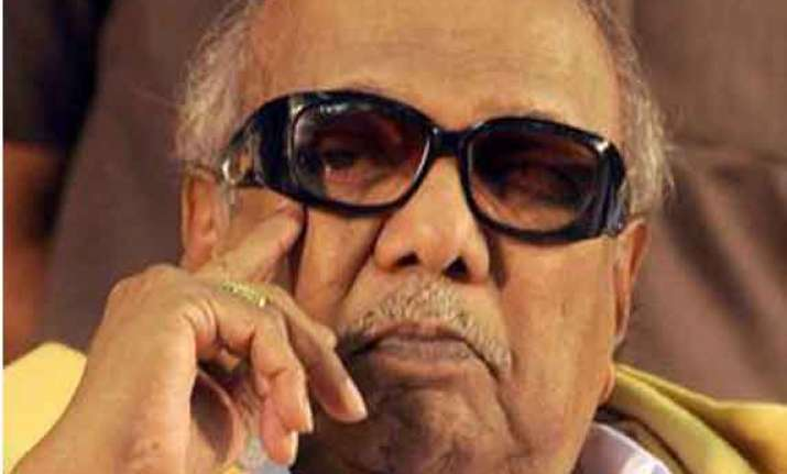 congress accuses karunanidhi of creating new controversy