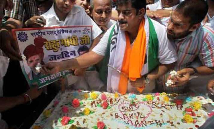 congress celebrates rahul gandhi s 44th birthday with
