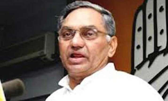 congress expels six andhra pradesh mps opposing telangana