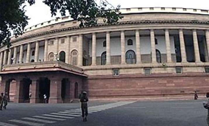 congress gets just 2 seat in front row in lok sabha