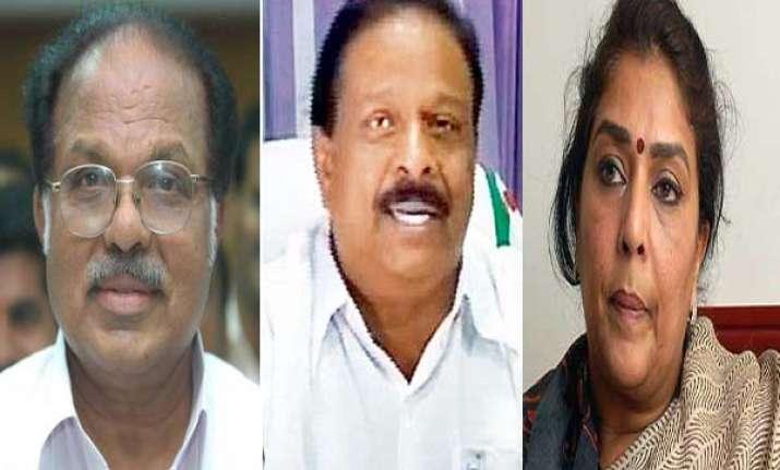 congress high command snubs mp sudhakaran for describing