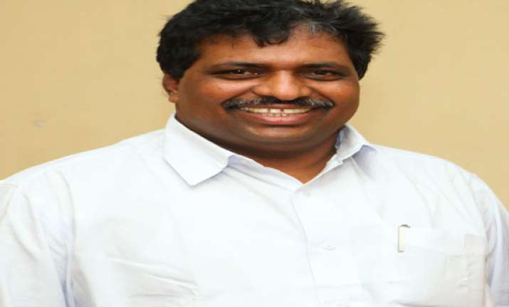 congress ministers lost touch with people says k suresh