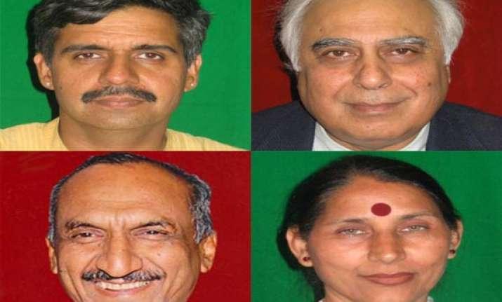 congress renominates 5 sitting mps in delhi