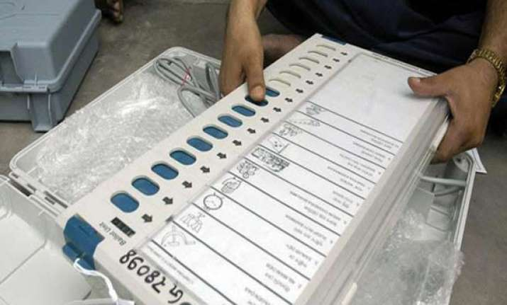 congress supports ec view on restricting opinion polls