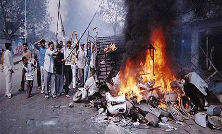 congress lawyers slam gujarat govt for destroying 2002 riot