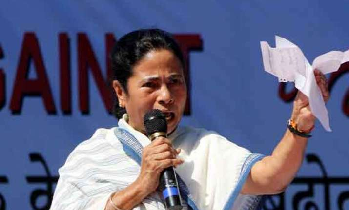 congress dig at mamata on no trust motion move