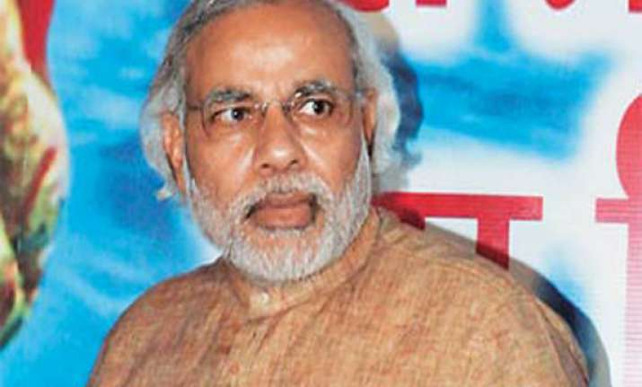 congress issues 18 point chargesheet against narendra modi