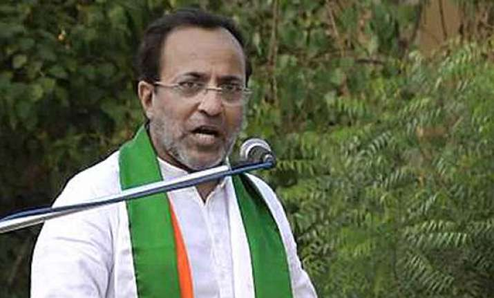 congress releases list of 52 candidates for gujarat polls
