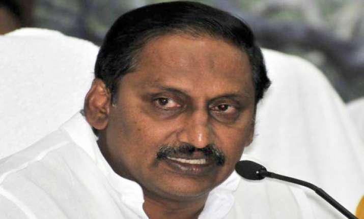 congress rules out removal of ap cm kiran kumar reddy