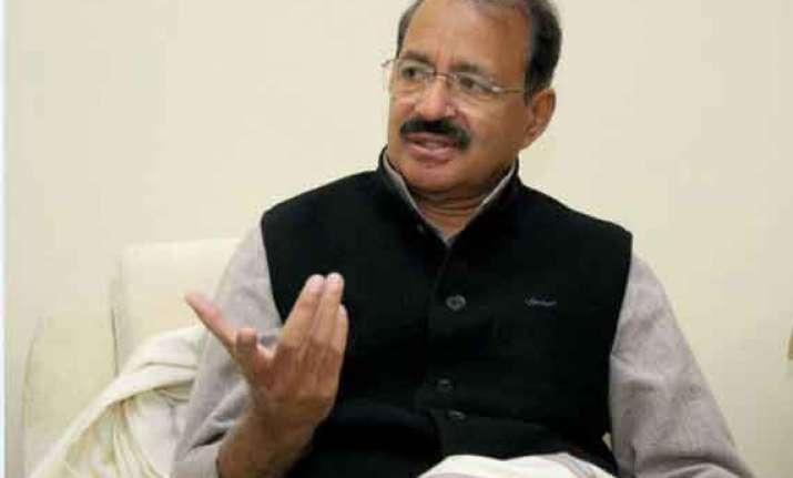 desperate modi raising caste issue not priyanka congress